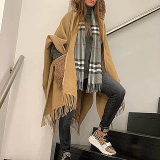 @ultimastrasbourg @moncler @burberry  . #ultimastrasbourg #moncler  #monclercapecoat #burberry #burberrysneakers #burberryscarf #monclerlifestyle #moncleraddict #monclercommunity #burberrycommunity #winterlook #wintercollection #picoftheday #lifestylefashion #luxuryfashion #luxurylifestyle #luxurybrand #fashionblogger #shoppingstrasbourg #shoppingaddict